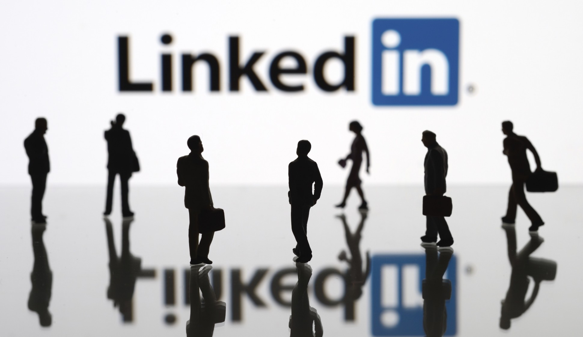 To form professional and beneficial links on linkedin how to form professional and beneficial links on linkedin stopboris Image collections